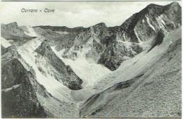 Carrara. Cave. - Carrara