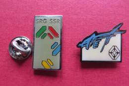 2 Pin's, SRG SSR,TV SUISSE,medias - Médias