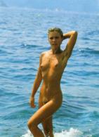 ILE DU LEVANT - Naturiste à La Mer - Femme Nue, Sortie Du Bain - Erotik Bis 1960 (nur Erwachsene)