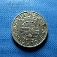 Portuguese Moçambique 2 1/2 Escudos 1951 Silver - Portugal
