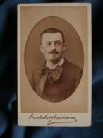 Photo CDV  Truchelut & Valkman à Paris  Portrait Homme Portant Des Lorgnons  Lavalière  CA 1880 - L470A - Oud (voor 1900)