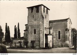 D24  MONTCARET  Eglise Romane XIe - XIIe - Frankrijk