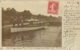 Carte Photo D'un Bateau De Plaisance Près D'une écluse En 1904 - Posté De Paris Pour Maubeuge (59) - Bateaux