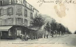 """/ CPA FRANCE 92 """"Bourg La Reine, Grande Rue"""" - Bourg La Reine"""