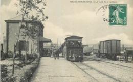 CPA 51 C B R Tours Sur Marne La Gare Et Le Tramway - France