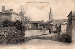 La Merlatière : Grande Rue - France