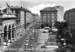 Cartolina Bologna Piazza Garibaldi Via Indipendenza Auto D'epoca 1969 - Bologna