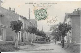 01 BELLIGNAT - L'avenue D'Oyonnax - Animée - France