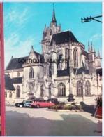 72 - LA FERTE BERNARD---L'Eglise Notre Dame Des Marais---- 2 Citroen DS - Voitures De Tourisme