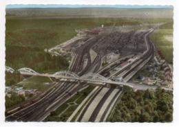 ACHERES -- 1969 - En Avion Au-dessus--Le Réseau Ferroviaire (chemin De Fer )--vue Aérienne........à Saisir - Acheres