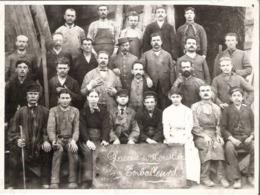 Très Rare Photographie Glacerie De Moustier - Datée De 1887 - Les Emballeurs - Traces De Collants Au Verso - Métiers