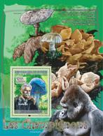 Guinea 2008 MNH - FAUNA- Mushrooms: Entoloma Hochstetteri, Albert Schweitzer, Gorila. YT 837, Mi 5459/BL1499 - Guinea (1958-...)