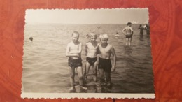 Black Sea, USSR. Little Boy On The Beach Semi Nude Naked Old Vintage Original Real Photo 1960s - Anonymous Persons