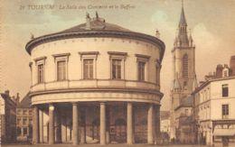 Tournai - La Salle Des Concerts Et Le Beffroi - Doornik
