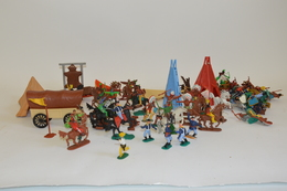 TIMPO & CRESCENT TOY (Angleterre): Important Ensemble D'indiens, Tuniques Bleues Et Cow-boy Avec Accessoires (chariot, T - Other Collections