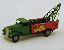 MINIC TOYS : Camion Dépaneuse, à Moteur Mécanique, Tôle Rouge Et Verte, Motor Service C°, état Quasi Neuf - Otras Colecciones