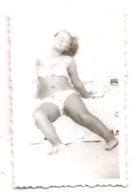 Photo Originale , Sexy Femme En Maillot De Bain , Dim. 6.0 X 9.0 Cm - Personas Anónimos