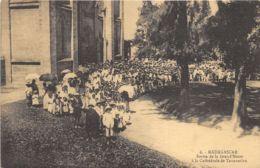 Madagascar - Sortie De La Grand'Messe à La Cathédrale De Tananarive - Madagascar