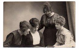 PHOTO-CARTE - Groupe De Femme à Identifier - 1919 (Z106) - Photographie