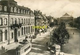67 Strasbourg, Place Brogly ( Broglie ), Beau Tramway Au 1er Plan - Strasbourg