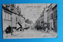 CPA Carte Postale Ancienne AUXONNE Rue Thiers - Café Du Chemin De Fer Nombreux Personnages 1915 - Landkaarten