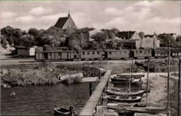 !  DDR Ansichtskarte Wiek Auf Rügen, Hafen, Eisenbahn - Rügen