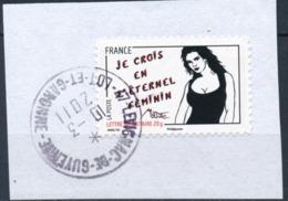 France - Miss Tic YT A543 Obl. Cachet Rond Manuel Sur Fragment - Adhésifs (autocollants)