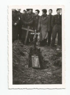 Photographie Konstanz 6e Batterie  Enterrement Pere Cent   Photo 6,2x9 Cm Env - Guerre, Militaire