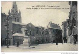 Carte Postale   38.  Grenoble   Place St-André   Trés Beau Plan - Grenoble