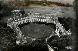 78* GAMBAIS Chateau De Neuville  CPSM (petit Format)    MA96,1064 - Francia