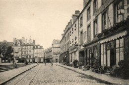 Avranches -    La  Place  Littré - Avranches