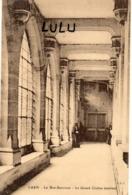 DEPT 14 : édit. P R S : Caen Le Bon-Sauveur Le Grand Cloître Intérieur ( Animées , Religieuses ,  Bonne Sœurs ) - Caen