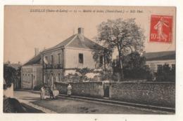 Luzillé  Mairie Et écoles ( Nord Ouest ) - France