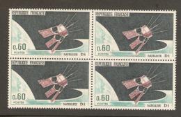 FRANCE LOT 1966 - 19 TIMBRES En BLOC De 4 Ex Soit 76 TP NEUFS ** - TOUS SCANNÉS - Neufs