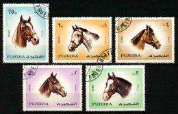 FUJEIRA - CHEVAUX - YT 137 + PA 80 - SERIE COMPLETE DE 5 TIMBRES OBLITERES - Horses