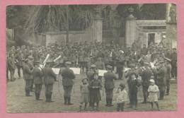 """57 - WICH - VIC Sur SEILLE - Carte Photo Militaire Allemande - Concert Devant La """" Waffensammelstelle """" - Guerre 14/18 - Vic Sur Seille"""