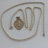 Pendentif 18èm 2ème Communion Catholique + Une Chainette En Argent 60 Centimètres. - Pendants