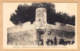 CPA Decize, Murailles D'enceinte Des Fortifications Au Château, Ungel. - Decize