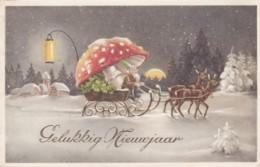 Bonne Année - - Gnomes- Lutins - Traineau - Rennes- Champignon - Dorure  (lot Pat 85/2) - Nouvel An
