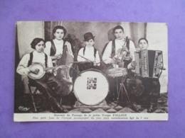 CPA MUSICIENS GROUPE TROUPE FALLONE ACCORDEON BATTERIE VIOLON VIOLONCELLE - Chanteurs & Musiciens
