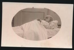 CARTE FOTO MORTUAIRE   BEBE - Personnes Anonymes