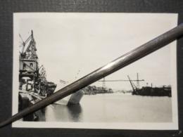 Nantes - Photo Originale - Bombardement Portuaire - Bateaux Détruits  - B.E - - War, Military