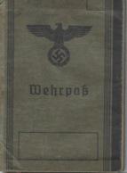 2ème Guerre Mondiale Deutsches Reich Metz Livret Militaire Wehrpass 1942 - Old Paper