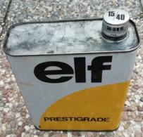 ELF Prestigrade Bidon D'huile Ancien En Tole Pour Collection - Voitures