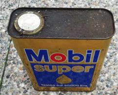 MOBIL SUPER  Bidon D'huile Ancien En Tole Pour Collection - Voitures