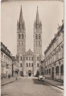 Calvados :  CAEN :  Façade De L '  Abbaye  Aux  Hommes  ( Traction) - Caen