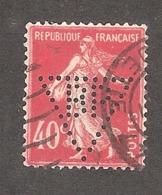 Perfin/perforé/lochung France No 194 BP Société Générale Des Huiles De Pétrole (161) - Perforés