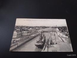 CPA (44) Saint-Nazaire. Vue Générale Du Port.              (E2136) - Saint Nazaire