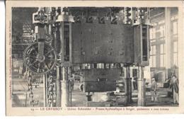 CPA  De   LE   CREUSOT   (71)  -   Usine  Schneider  -  Presse Hydraulique à  Forger, Puissance  2 000  Tonnes //   TBE - Le Creusot