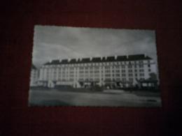 CAEN  LA PLACE DE LA RESISTANCE    CALVADOS  14  LE 18 08 1955 - Caen
